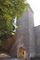 Tour carrée et portail Haut
