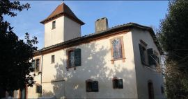 Maison de Laffont-tour pigeonnier