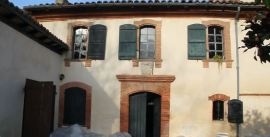 Maison de Laffont-porte d'entrée et blason